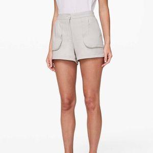 Lululemon This Instant Shorts
